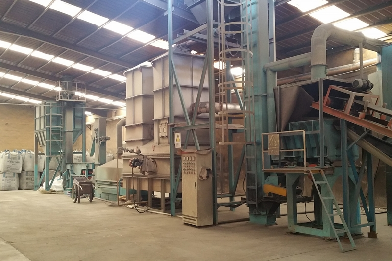 Resin sand recycling production line
